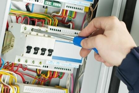 electricien-electricite generale-installation electrique-depannage electrique-panne electrique-automatisme-domotique-entreprise d'electricite-travaux electriques (1)